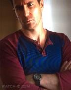 Sam Rockwell wears a Casio AMW330B-1A watch in Poltergeist.