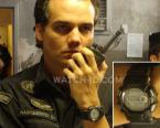 Wagner Moura wearing a Casio G-Shock Gulfman G9100-1 in the movie Elite Squad 2.