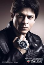Shah Rukh Khan showing the TAG Heuer Carrera Calibre 16 Day-Date