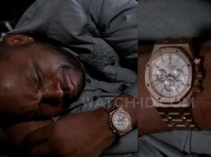 Anthony Anderson wearing a gold Audemars Piguet Black Oak Chronograph 26320 watch in Black-ish, season 1, episodes 11.