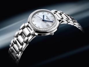 Longines PrimaLuna L8.112.0.87.6 as worn by Aishwarya Rai Bachchan