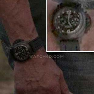 The special Panerai Luminor on the strong wrist of Sylvester Stallone in the mov