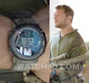 Ryan Phillippe wears a Suunto Core wristwatch in Shooter episode 4 of season 1.