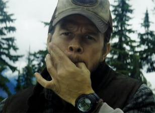 Mark Wahlberg wearing the Suunto Vector in Shooter