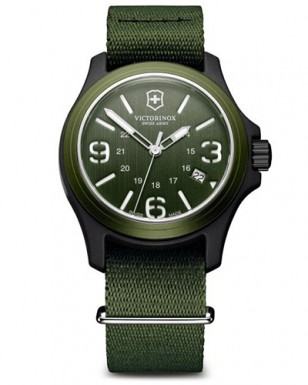 Victorinox Swiss Army Original 241514, green and black case, green NATO strap