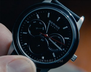 Michiel Huisman wears a Bering Ceramic 33840-442 in the movie 2:22.