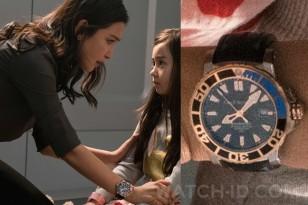 Li Bingbing wears a Carl F. Bucherer Patravi ScubaTec Automatic Chronometer diver's watch in the movie The Meg (2018).