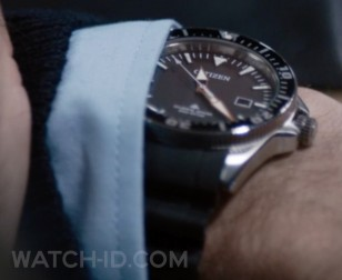 Jakob Cedergren wears a Citizen Eco Drive Divers 200M watch in The Guilty.