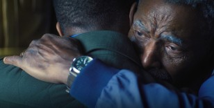 In the last episode of the series The Falcon and The Winter Soldier (2021), Isaiah Bradley (played by Carl Lumbly) is wearing a Citizen Garrison BM6838-09X watch.
