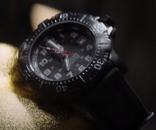 Close up of Frank Grillo's Luminox 4221 ANU 4200 Series XS.4221.NV.F in the movie Boss Level.