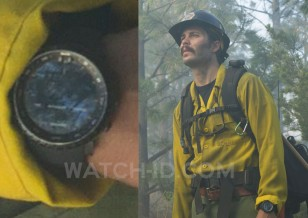 Taylor Kitsch wears a Suunto Core watch in Only The Brave.